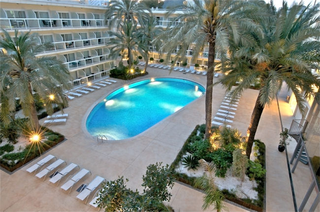 LAS GAVIOTAS SUITE HOTEL 8